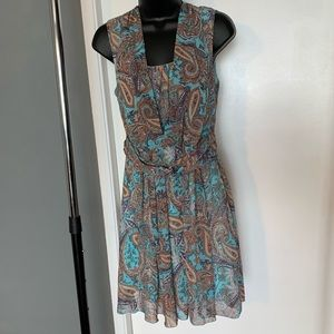 like new Staccato blue/tan paisley patterned dress